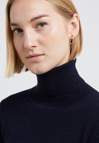 Maria Black - BROKEN EARRING - Boucles d'oreilles - gold-coloured - 1