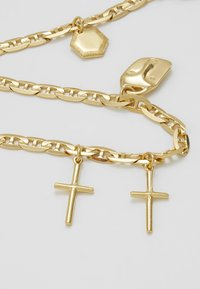 Maria Black - FRIEND CHARM BRACELET MEDIUM - Bracelet - gold-coloured - 5