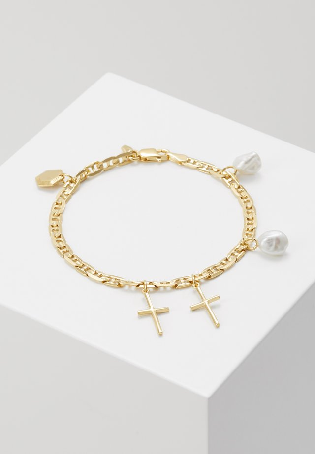 CROSS CHARM BRACELET SMALL - Rannekoru - gold-coloured
