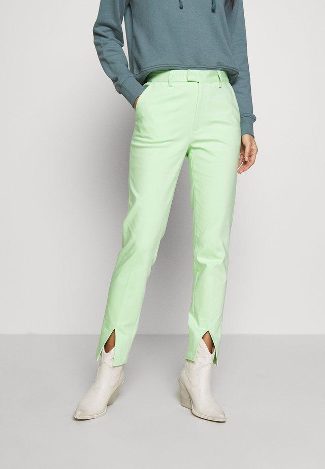 FLOAREA - Pantaloni - paradise green