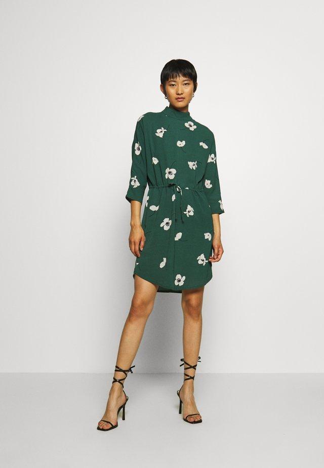 MASH - Korte jurk - green
