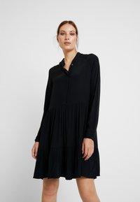 mbyM - MARRA - Skjortekjole - black - 0