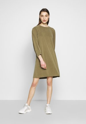 FEOLA - Robe en jersey - military olive