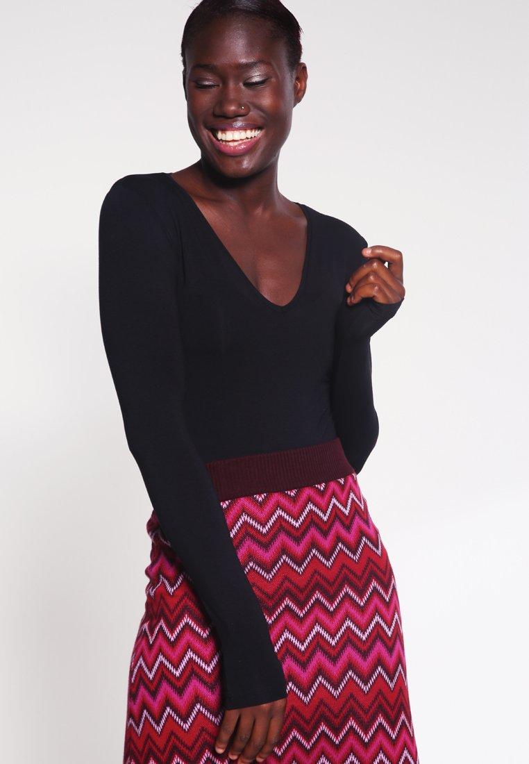 mbyM - VANNA - Long sleeved top - black