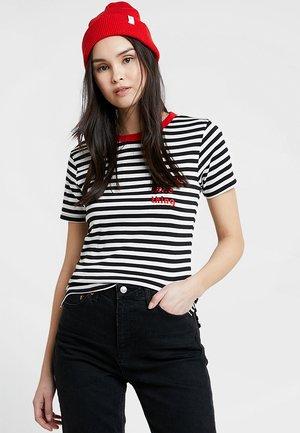 OUI CONTRAST - Print T-shirt - black/sugar