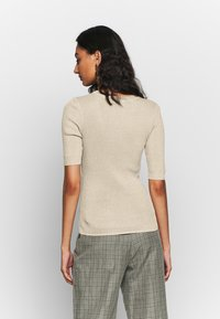 mbyM - ALLYSON - Basic T-shirt - oyster - 2