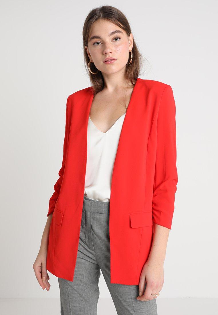 mbyM - WERONKA - Halflange jas - lollipop red
