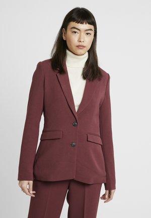 PETRONELLA - Short coat - red mahogany