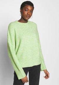 mbyM - GILLIAN - Sweter - patina green melange - 0