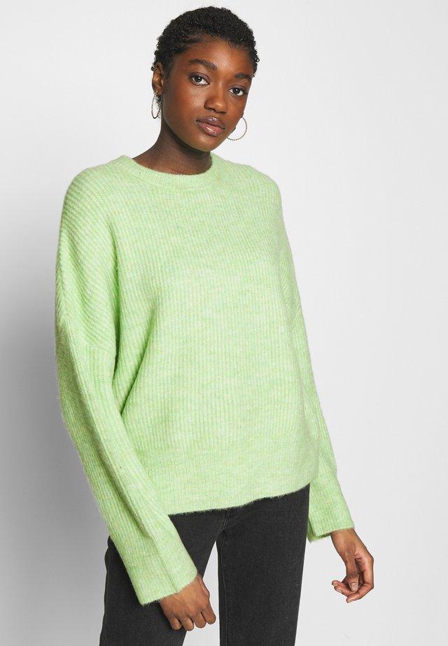 GILLIAN - Stickad tröja - patina green melange