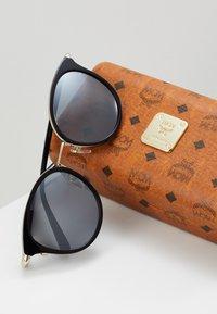 MCM - Sluneční brýle - black - 2