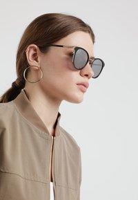 MCM - Sluneční brýle - black - 1