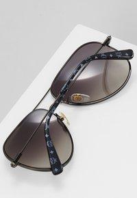 MCM - Sluneční brýle - dark ruthenium - 4