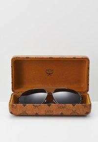 MCM - Sluneční brýle - grey - 2