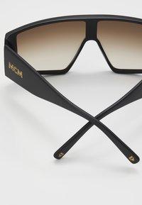 MCM - Aurinkolasit - matte black/gold - 2