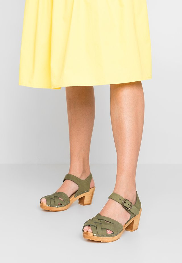 BETTY - Clogs - bamboo