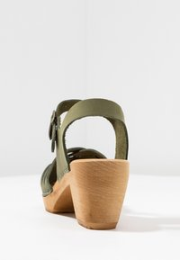 Moheda Toffeln - BETTY - Clogs - bamboo - 5