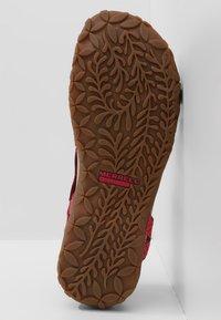 Merrell - TERRAN LATTICE II - Walking sandals - fuchsia - 4