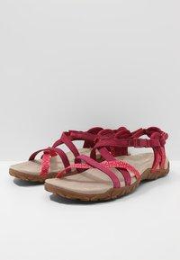 Merrell - TERRAN LATTICE II - Walking sandals - fuchsia - 2