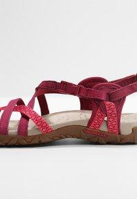 Merrell - TERRAN LATTICE II - Walking sandals - fuchsia - 5