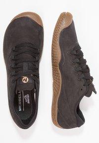 Merrell - VAPOR GLOVE 3 LUNA - Minimalist running shoes - black - 1