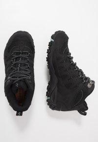 Merrell - ACCENTOR SPORT MID GTX - Chaussures de marche - black/aquifer - 1