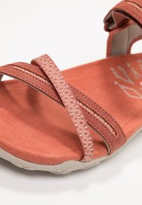 Merrell - TERRAN CROSS II - Walking sandals - redwood - 5