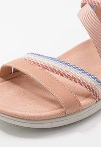 Merrell - DISTRICT MENDI BACKSTRAP - Walking sandals - tuscany - 5