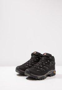 Merrell - MOAB 2 MID GTX - Zapatillas de senderismo - black - 2