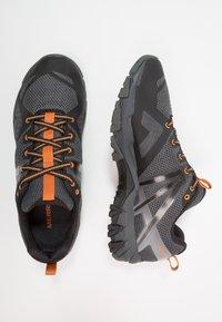 Merrell - FLEX GTX - Obuwie hikingowe - burnt/granite - 1