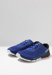 Merrell - BARE ACCESS FLEX 2 - Neutral running shoes - surf the web - 2