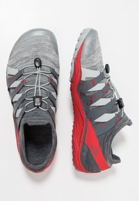 Merrell - TRAIL GLOVE 5 3D - Zapatillas de trail running - high rise - 1