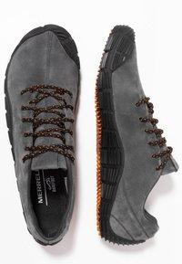 Merrell - MOVE GLOVE - Minimalist running shoes - granite - 1