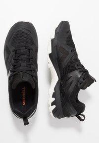 Merrell - MQM FLEX GTX - Zapatillas de senderismo - black/white - 1