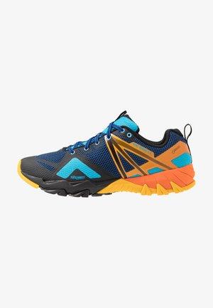 MQM FLEX GTX - Zapatillas de senderismo - cobalt