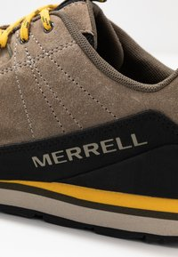 Merrell - CATALYST - Hiking shoes - brindle - 5