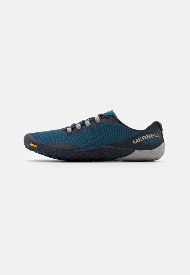 VAPOR GLOVE 4 - Minimalist running shoes - polar