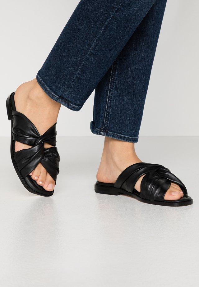 ELODIE - Pantofle - black