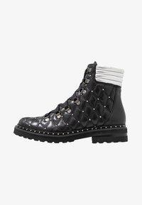 Melvin & Hamilton - BONNIE - Cowboy/biker ankle boot - black - 1