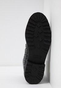 Melvin & Hamilton - BONNIE - Cowboy/biker ankle boot - black - 6