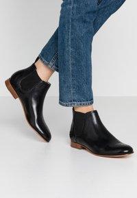 Melvin & Hamilton - SALLY - Ankle boots - black - 0