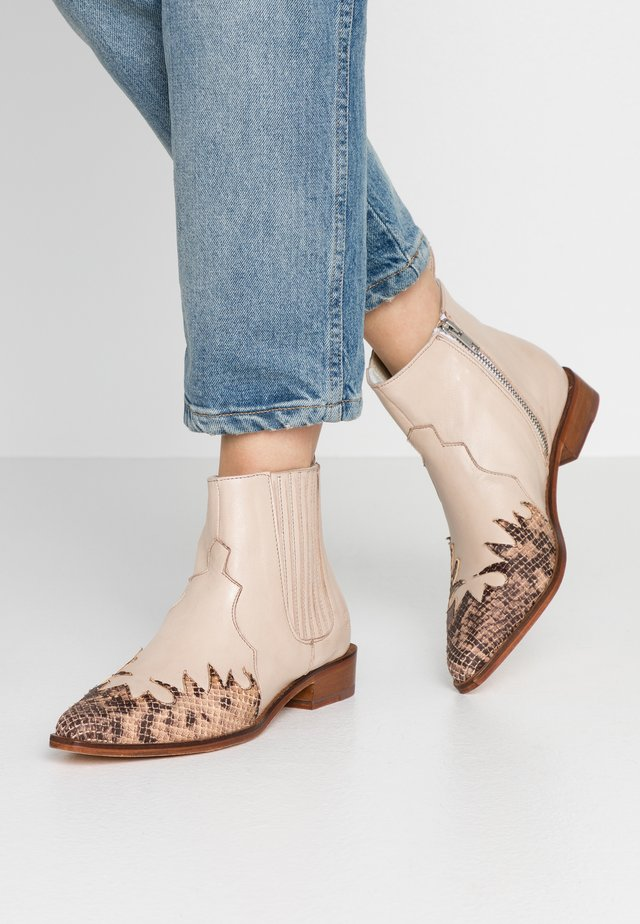 MARLIN  - Ankle boots - sand/ivory