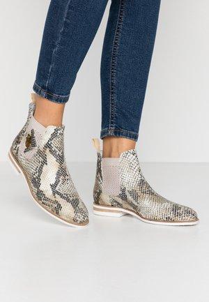SUSAN - Kotníková obuv - platin