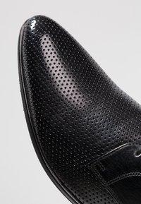 Melvin & Hamilton - TONI  - Elegantní šněrovací boty - black - 5
