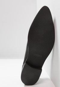 Melvin & Hamilton - TONI  - Elegantní šněrovací boty - black - 4