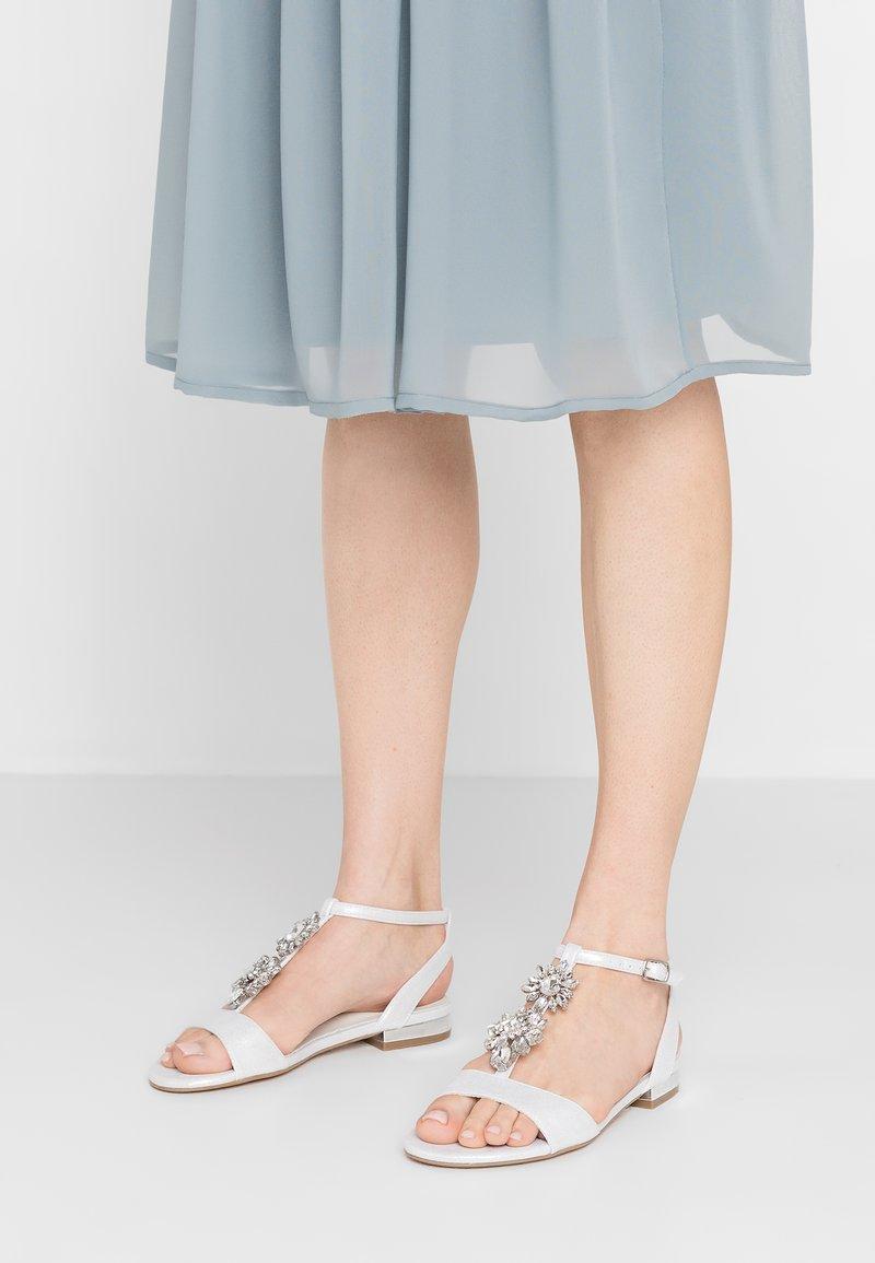 Menbur - Bridal shoes - white