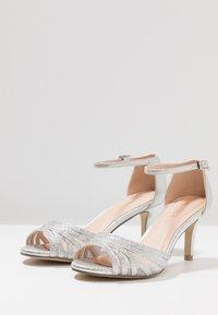Menbur - Sandals - plata/silver - 4