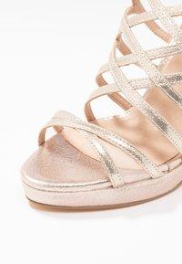 Menbur - High heeled sandals - oro - 2