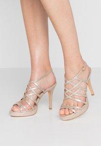 Menbur - High heeled sandals - oro - 0