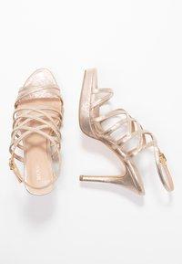 Menbur - High heeled sandals - oro - 3